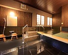 家族やグループだけで楽しむ貸切露天風呂